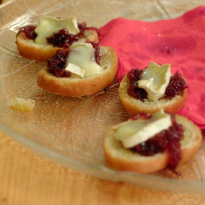 Brie canapes
